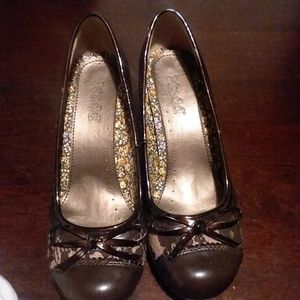 Women's Mudd dress shoes size 7 1/2.Medium